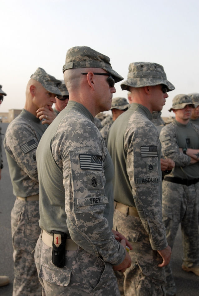 combat shirts on soldiers