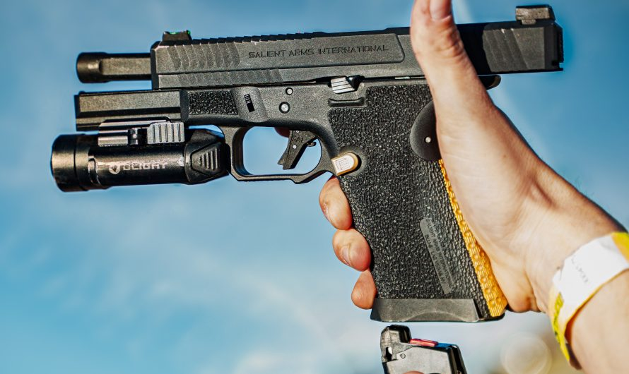 Best Gas Airsoft Pistols [2020]: Green Gas and CO2