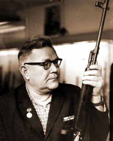 Yevgeny Dragunov